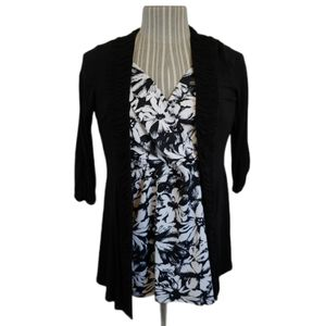 💗Novita Black Cardigan with Ruched Sleeves, M